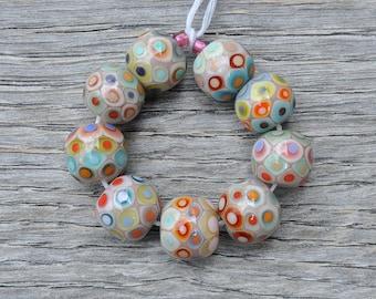 Mumbai Vitrail - Lampwork beads by Loupiac