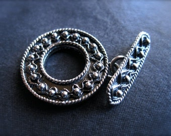 Rich Bali Toggle Clasp - Solid Sterling Silver - 20mm - oxidized - textured