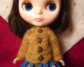Mohair Sweater for Blythe, Pullip and Vintage Skipper