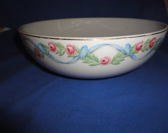 "1940s Hall Kitchenware Wildfire 9"" White Pink Flowers Salad Bowl Gold Trim EUC"