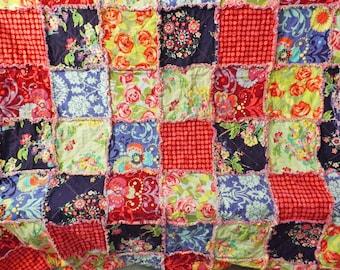 Rag Quilt, Queen Size Rag Quilt, Amy Butler Love Fabrics, Pretty Florals, Bed Quilt, Floral Rag Quilt, Handmade