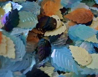 30gr Vintage sequins leaf shape, 8 colors
