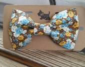 1/2 OFF Vintage Floral Bow Tie for dogs or cats Pet Bowties