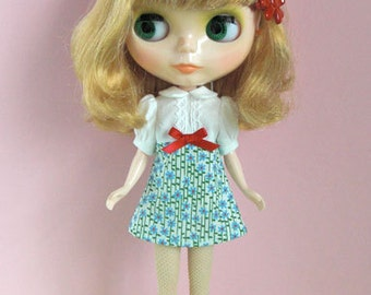 Blue daisy dress for Blythe