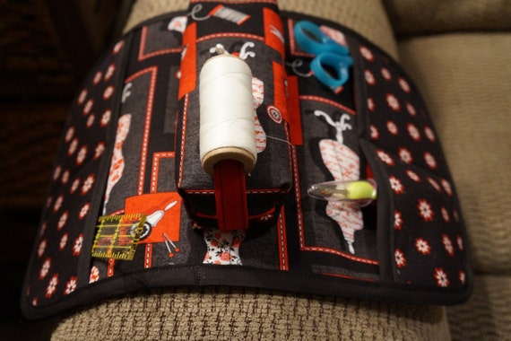 Sit and Sew Couch Arm Pin Cushion Pad with Pockets