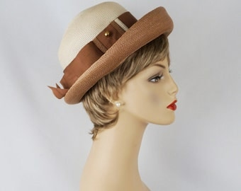 Vintage 1960s Cream and Taupe Straw Breton