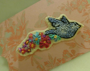 Handmade Embroidered French Knots Flying Bird & Flowers Pin Valentine Embroidery