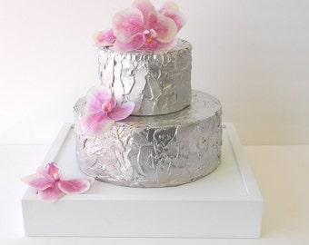 White Wedding Cake Stand (14 x 14 x 2.5)