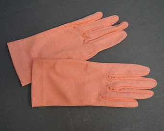 Vintage 1950s Gloves, Melon Size 6-1/2, Vintage 1950s Nylon Textured Dress Gloves by Crescendoe
