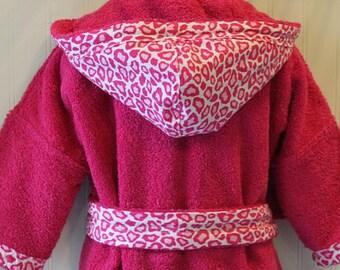 PERSONALIZED-Girls-Robes-Girl-Robe-Children-Pink-Leopard-Cheetah-Cat-HOLIDAYS-swim-Bath-Beach-Sleepwear-Hooded-Terry-Spa-Gifts-Baby&Kids-2-6