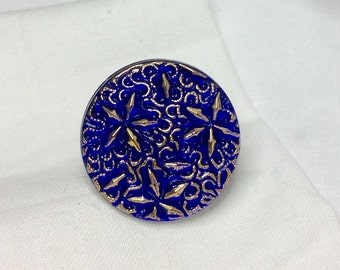 osO LE BOUTON BLEU Oso blue czech glass button ring