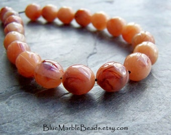 Round Beads-Lucite Beads-Bumpy Beads-Nuggets-Marble Beads-Peach Beads-Swirl Beads-Vintage Lucite-20 Beads