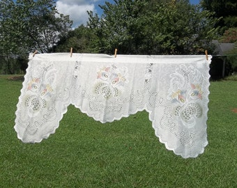 Vintage Ivory Lace Valance Lace Curtains Ivory Valance French Country Prairie Cottage Chic Window Treatment 58 x 30 Vintage Lace Drapes