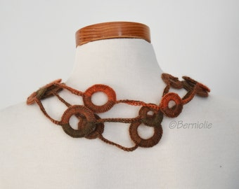Crochet circle necklace shades of brown and orange, N378