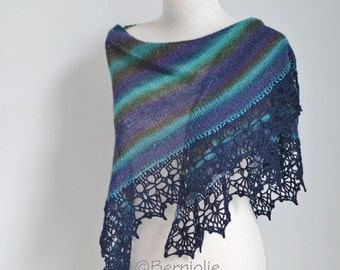 Peacock knitted shawl with crochet lace trim, N404