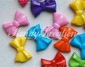 25 Bow Pony Beads for Bubblegum Necklaces Kandi Deco Rave Crafts Bracelet Chunky