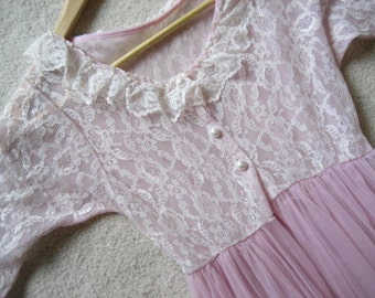 Vintage Lavender Pink Lace Robe- Size S