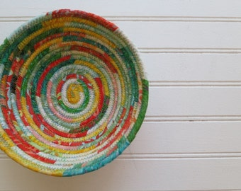 "6"" Coiled Fabric Bowl - Salsa Batiks"