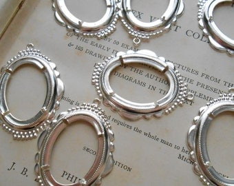 4 pc vintage SILVER fancy prong setting charms - vintage old new stock jewelry supplies