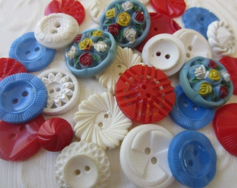 Vintage Buttons - Cottage chic mix of red, white, blue and green lot of 28 old and sweet(sept 16b)
