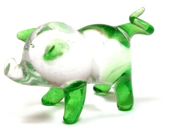 Glass Piggy figurine, Green & clear glass PIG with curly tail.