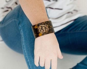 SALE-Tortoise Cuff Bracelet-Ava Acrylic Bracelet-Your Choice of Color and Font