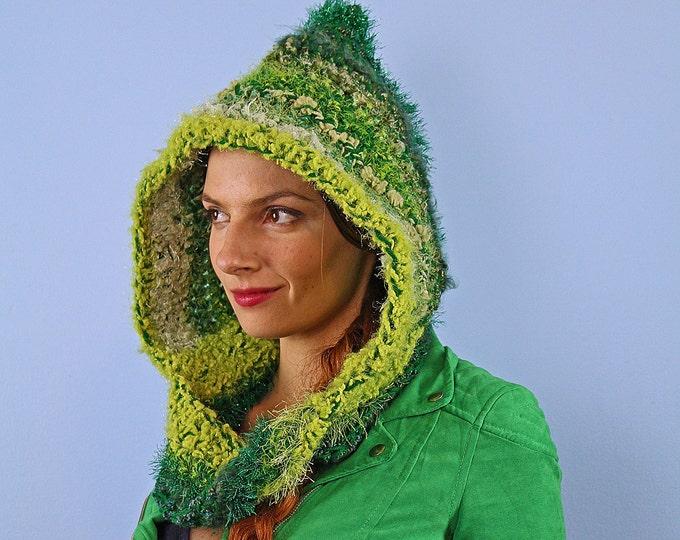 Green Hooded Scarf Mobius Skood Cowl