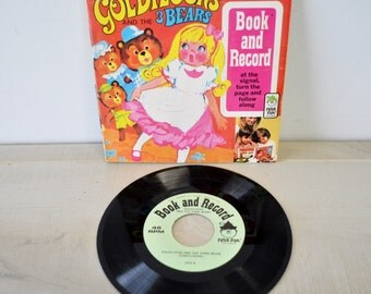 adorable 1970s Peter Pan Record and Book / Goldilocks and the 3 Bears / 45 RPM / learn to read / childrens book