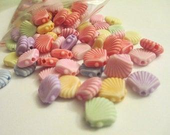25 Shell Beads