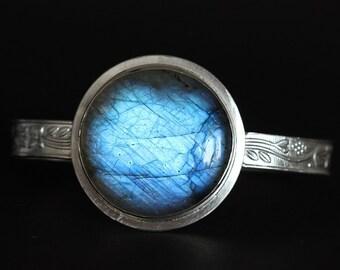 Cuff Labradorite bracelet -Artisan Sterling silver bracelet -handmade - gemstone bracelet- round circle bracelet