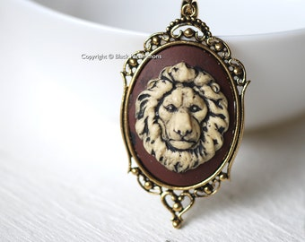 LEO Gothic Necklace - Lion Cameo 40x30mm - 2 Color Setting Options - Free Domestic Shipping