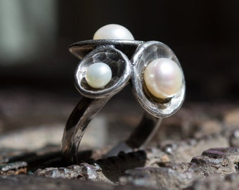 Sterling silver ring, cluster of domes ring, pearls ring, casual ring, silver pearls ring, hammered silver ring - Pearl Cluster R1558