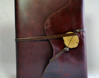 Large Refillable Sketchbook- Reddish-brown Leather with Leather Tie
