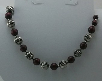 Vintage Silvertone and Wine Beaded Necklace