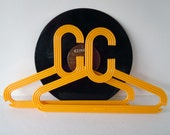 Vintage Mod Retro Yellow Chunky Clothes Hangers Clothing Display Plastic Hangers Storage Closet Organizer