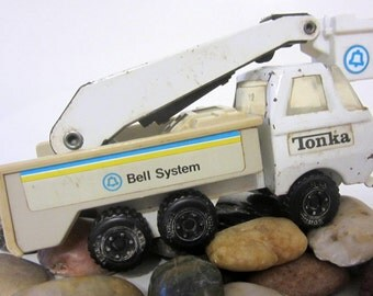 Tonka 1970s Bell Systems Telephone Metal Utility Truck Cherry Picker Construction Vehicle Original Chippy Memory Display Retirement Gift