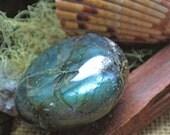 Labradorite // Healing Crystals and Stones // Polished Stones // Wicca Crystals // Crystals and Rocks // Metaphysical Tools // Reiki Stones