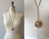 Two Sisters locket necklace | vintage 1970s locket | Victorian Revival cameo necklace
