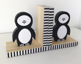 Penguin Bookends, Black and White nursery decor, Black and White Kids decor, Children's Bookends, Wood Bookends, Black and White Decor