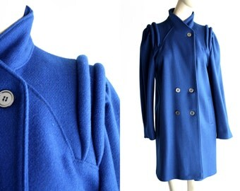 Vintage Bright Bold Blue Wool Styled By Betsy Abstract Design Puff Sleeve Shoulder Button Down Funnel Neck Mid Length Woman's Vintage Coat