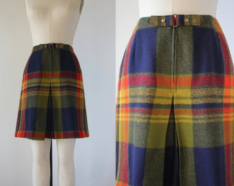 vintage 1960s skort / 60s plaid skirt / 60s rainbow plaid wool skort / 60s buckle waist skort / 1960s school girl skort / 26 inch waist