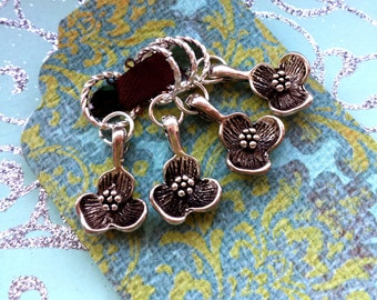 4 KNITTING Stitch Markers - Silver Blossom Markers - Pretty Floral Markers - Flowers Dangling Marker Knitting Accessories - Dogwood Flower