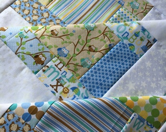 Unfinished quilt top - Snips and Snails - Riley Blake 38 in x 38 in baby sized