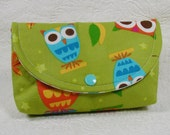 Large Snap Pouch .. Owls on a Whim in Pistachio