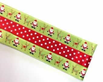 Pattern Magnet - Chart Keeper Magnetic Bookmark - Knitting Crochet Supplies Tools - Set of 3 - Here Comes Santa Claus