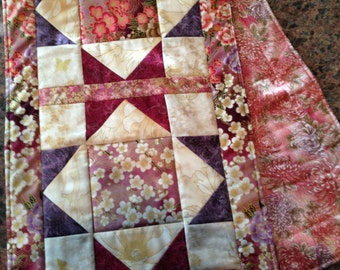 Quilted Star Table Runner