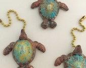 Sea Turtle Pull, Shell Turtle, Beachhouse accents, Sea Shell Beach Fan Pulls, Guy Gift, Unisex, Florida Souveneir