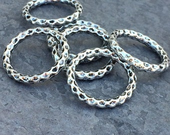 Base Metal Silver Textured Links (6)