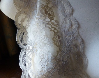 Mocha Chantilly Lace Vintage Style for Bridal, Veils, Lingerie, Invitations, Costume Design  CH