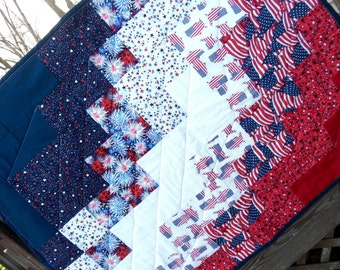 Patriotic Quilt - Throw Quilt - Happy Forth of July - Independence Day - Americana Quilt - American Flag Quilt- Handmade Patchwork Quilt-RTS